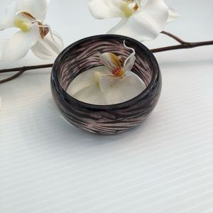 Jewelry - Acrylic Round Bangle Bracelet Size 8""